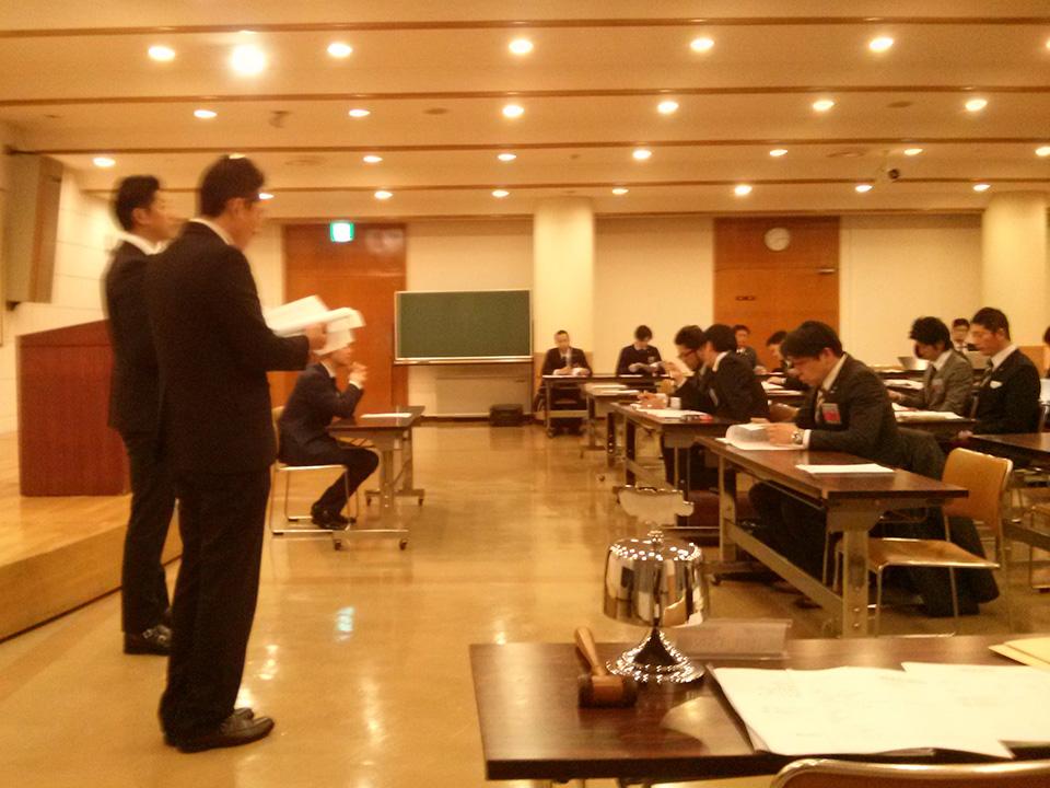 総会では2016年度の事業について、同年度の岡山理事長・小林専務理事より報告がありました。