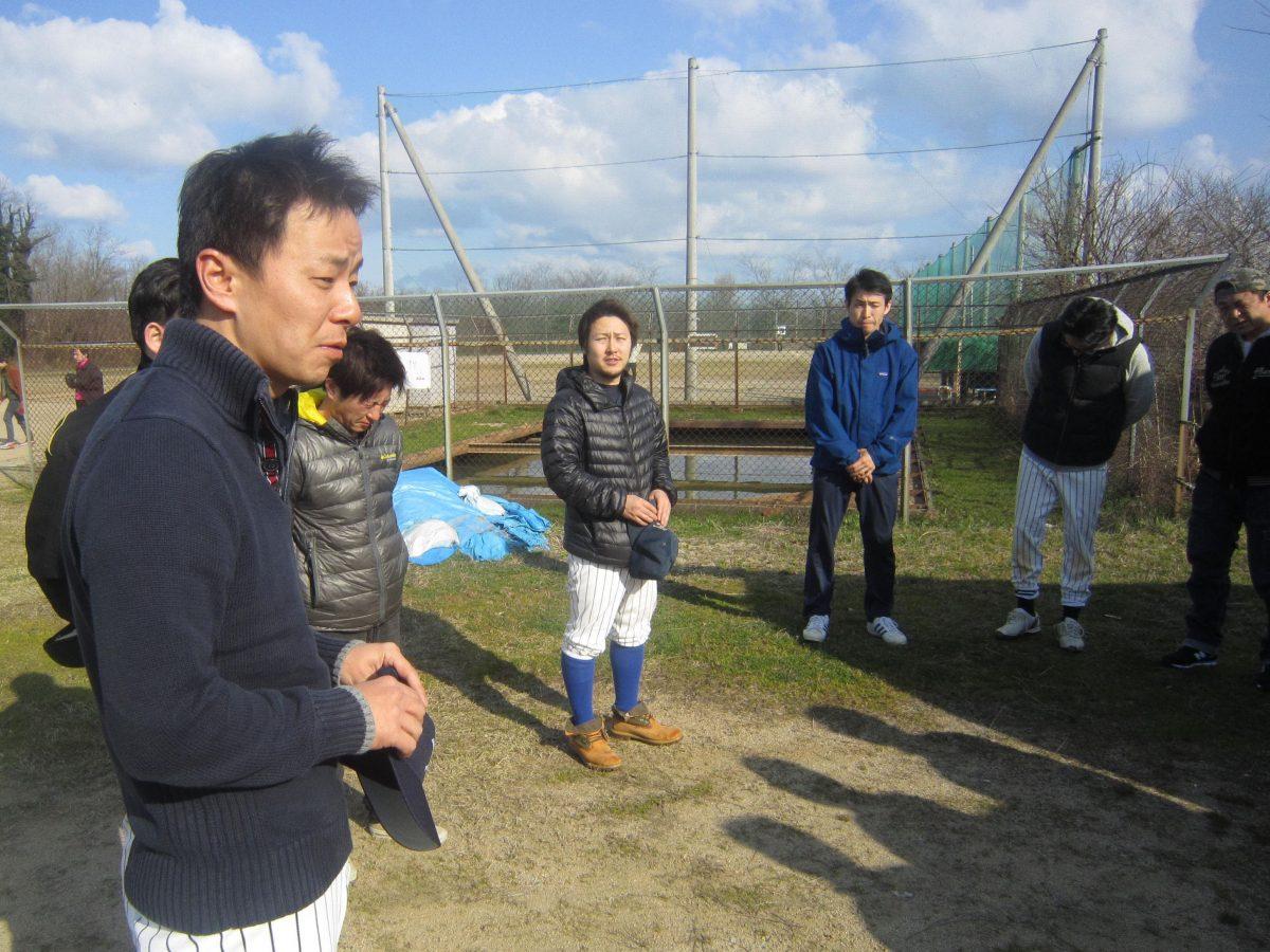 中田理事長からのご挨拶。この後、メンバーは試合前の練習へと向かいました。