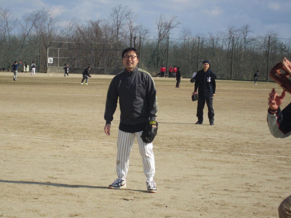 田中委員も試合に備えてチームでの守備練習です。
