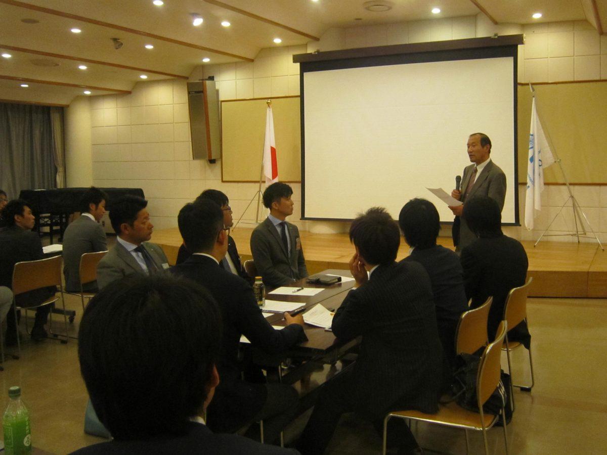 イメージ写真:4月例会フリータイム「コミュニティスクールから青少年育成を考えよう」が開催されました。