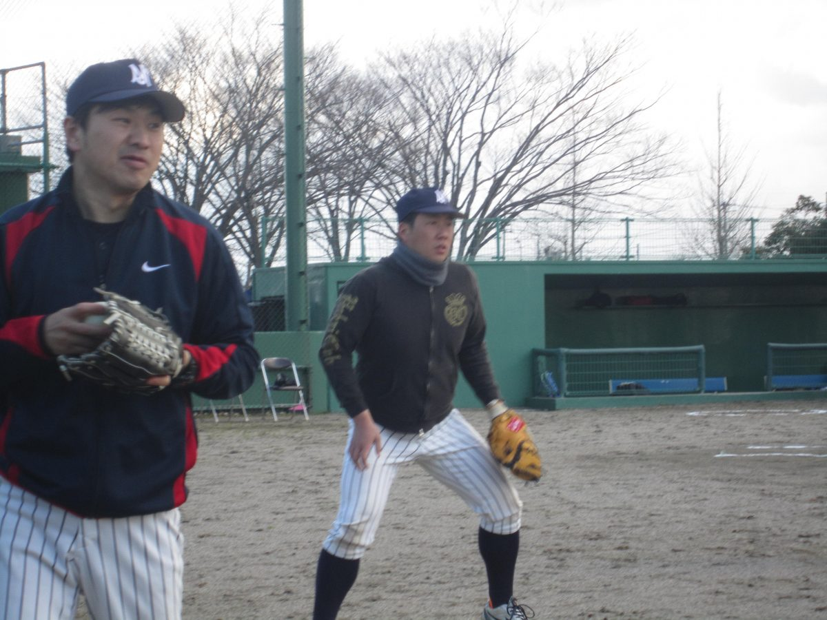 滝田キャプテンも真剣に守備の動きの確認中。