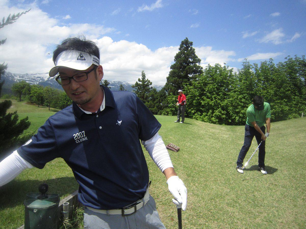 ゴルフコンペ当日は晴天の中、妙高の大自然に囲まれてのゴルフコンペとなりました。