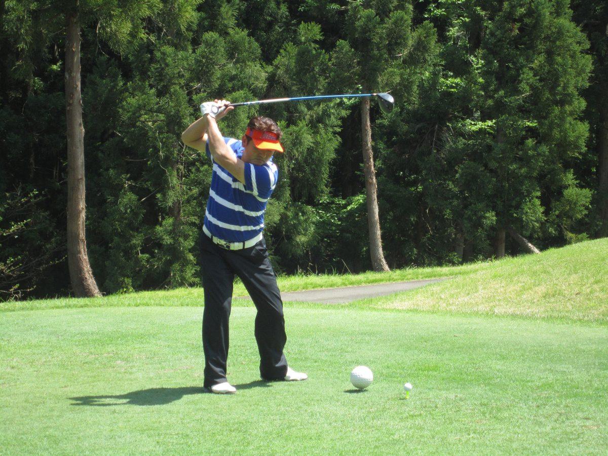ゴルフを楽しみながら、参加者の皆さんとの交流を図ることができました。
