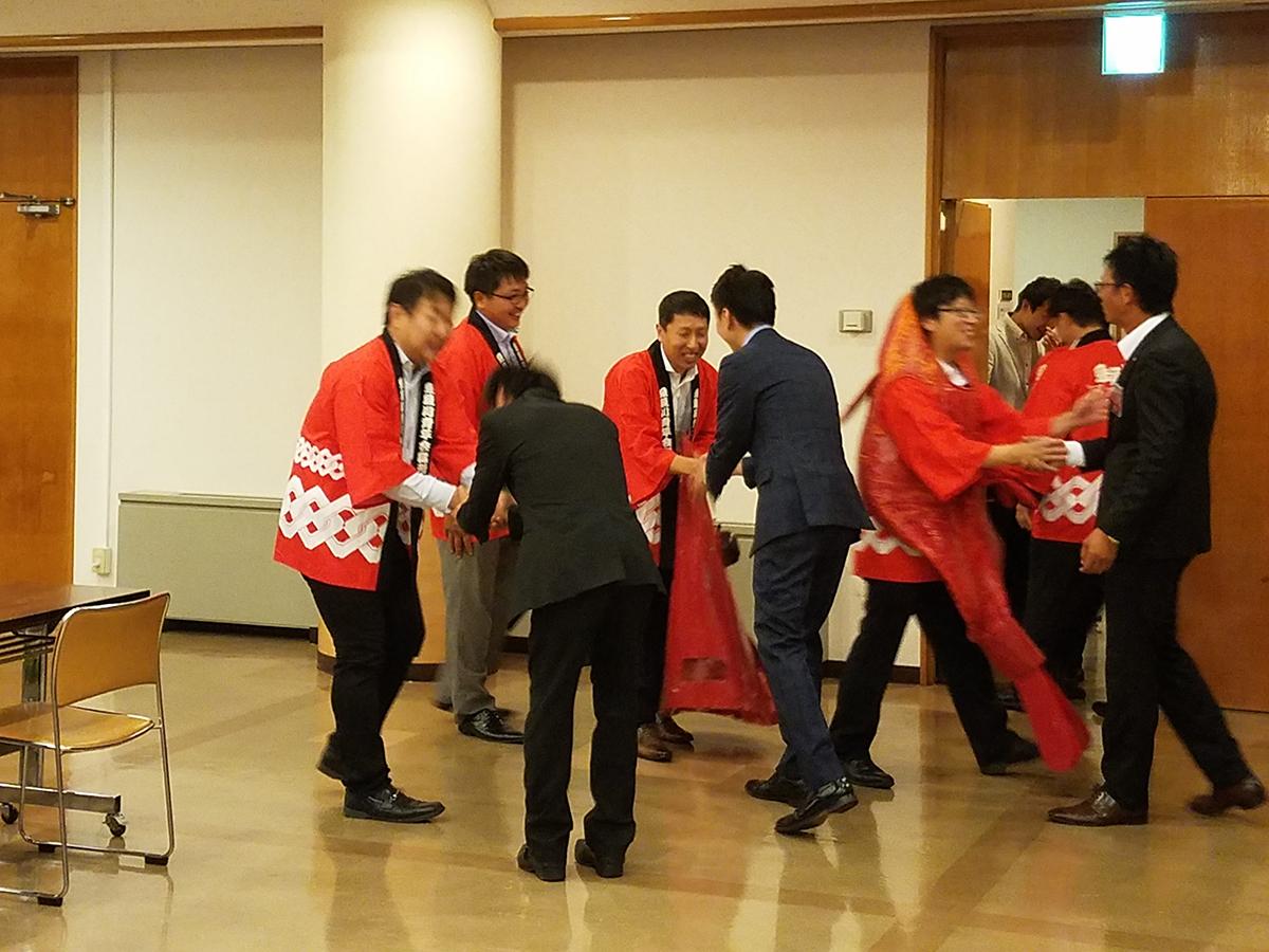 お帰りの際のお見送りです。糸魚川JCの皆様、妙高の地までお越しいただきありがとうございました!