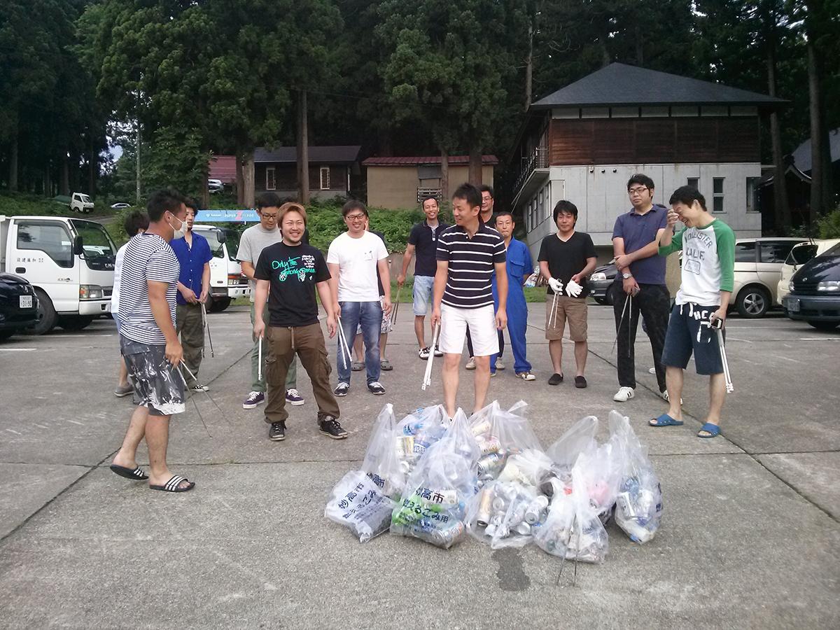 大きめのゴミ袋にたくさん集まりました。