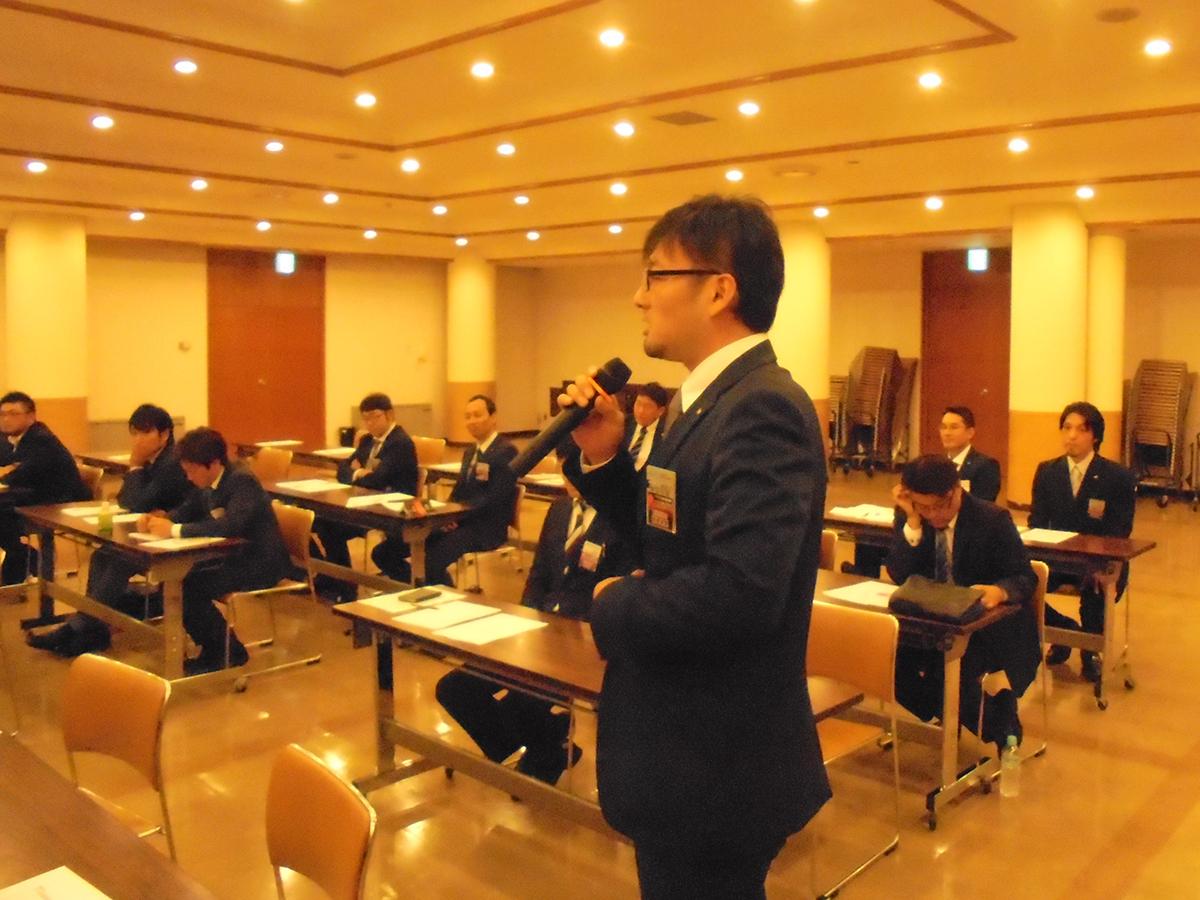 横山監事・岡山直前理事長のお話に共感するメンバーや、より詳しく知ろうとするメンバーもおりました。