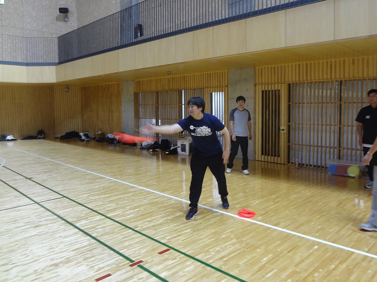 新入会員の佐藤委員もしっかり狙って投げていました。