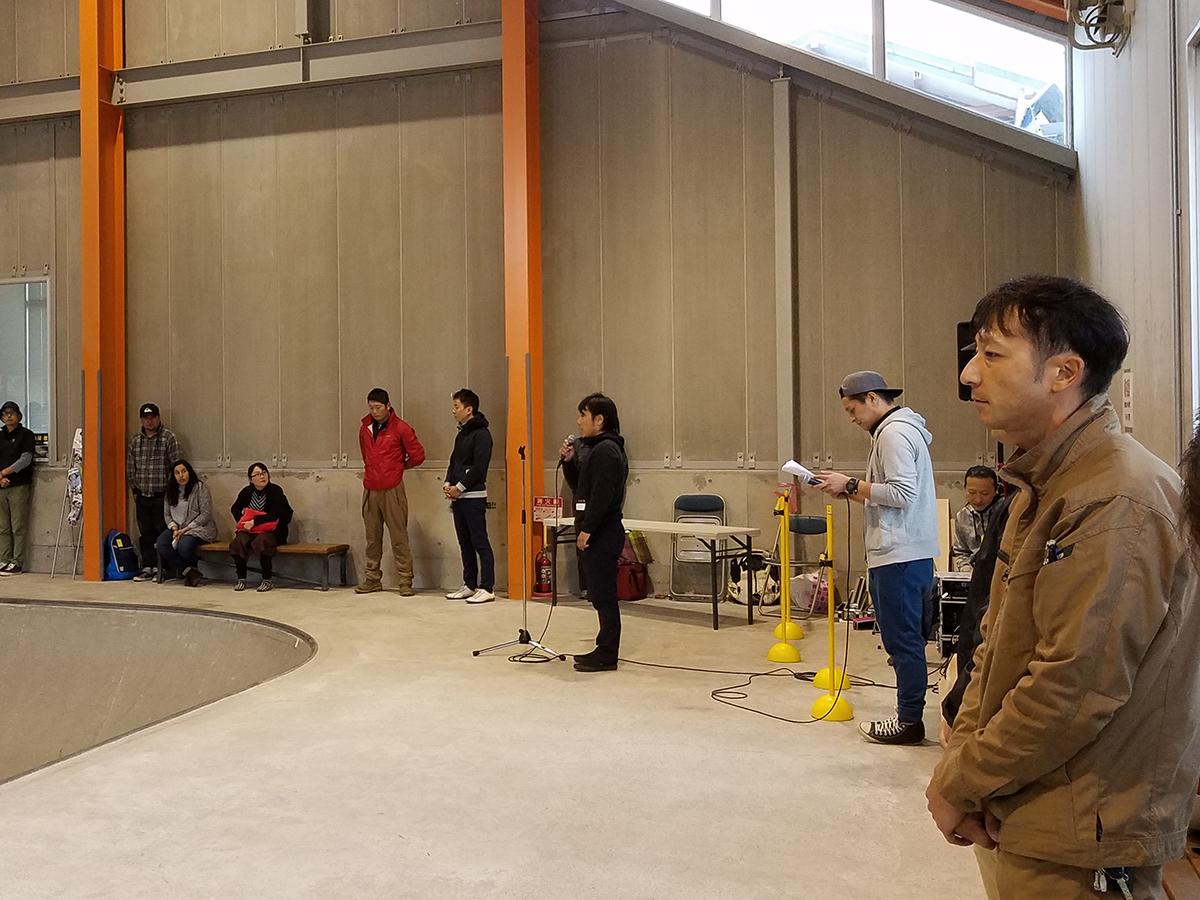 最後に、藤村副理事長(中央)から参加者の皆さんへ謝辞が述べられました。皆さん、ご参加いただきありがとうございました!